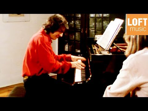 Nicolas Economou: Franz Liszt - Mephisto-Walzer No. 1 (with English subtitles)