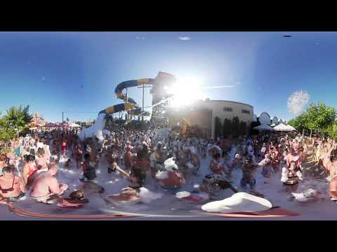 Пенная вечеринка в аквапарке «Золотой пляж» снятая на камеру 360 градусов.