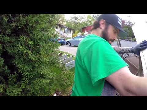 Finding Music Equipment Garbage Picking