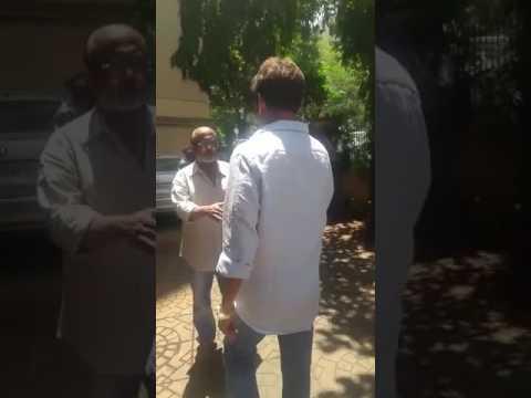 Mahesh Manjrekar arrives at Reema Lagoo's Residence | SpotboyE