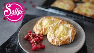 Puddingbrezeln aus Plunderteig / Puddingteilchen