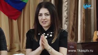 Сладкие подарки и добрые пожелания  Представители пенсионного фонда Каспийска с благотворительной ак