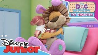 Doc McStuffins - Stanley the Lion | Official Disney Junior Africa