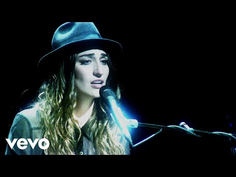 Клип Sara Bareilles - Goodbye Yellow Brick Road