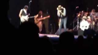 Jeff Beck & Band, w/Rhonda Smith;Bass, Jimmy Hall;Vocals, John Joseph;Drums, Nick Meier;Guitar