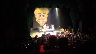 She Goes To Finos - Toy Dolls