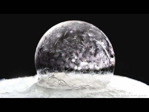 Freezing soap bubbles at -15 celsius - Warsaw