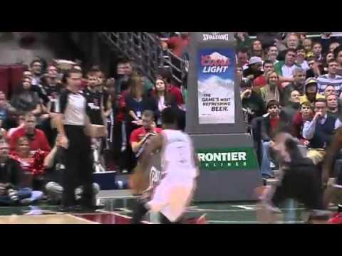 Jennings HITS the Shot High | Brooklyn Nets Vs Milwaukee Bucks | 12/26/2012 | NBA Season 2012/13