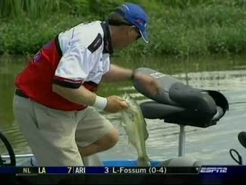 2004 Bassmaster E 50 -- Tennessee Tombigbee Waterway    Part Two