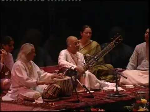 Raag Bhairavi by Ud. Vilayat Khan with Pt. Kishan Maharaj Mp3