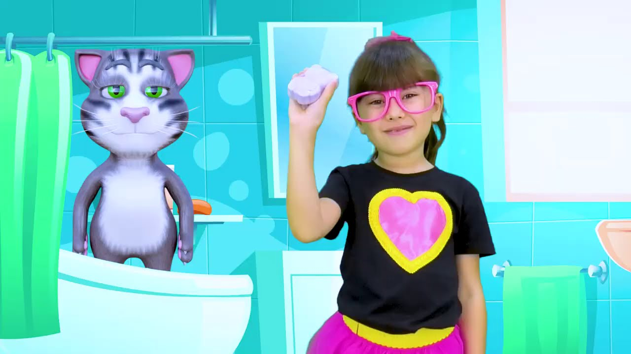 Abby Hatcher and Tom play inside the Talking Tom Friends World - Talking Tom in real life gameplay