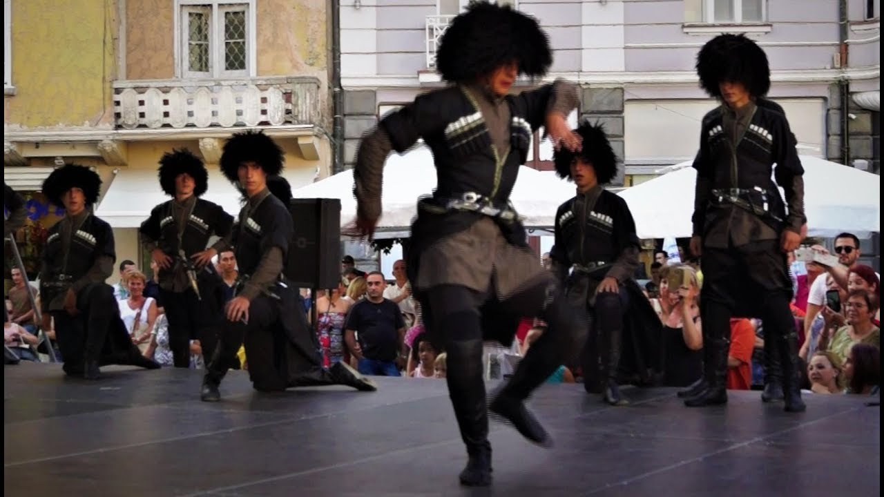Incendiary Georgian dance