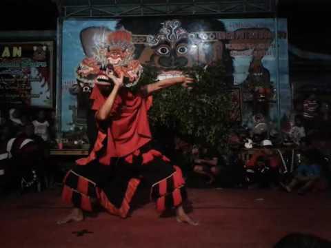 Tari singo barong kembar ( Kreasi cakilanTiger Putro Budoyo)