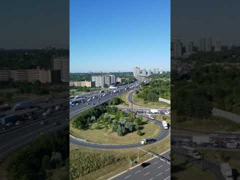 hwy 401 & Bayview Ave,On,Toronto, traffic 9-9 30am