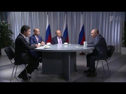 Владимир Путин готовится к визиту на Ближний Восток.