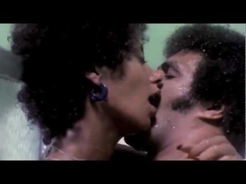 Black Shampoo - 1976 - Music by Gerald Lee