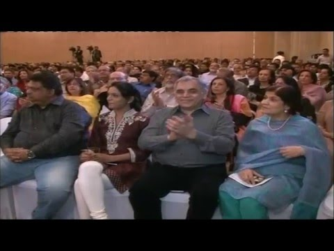 Tribute To Jagjit Singh by Zulfiqar Khan Sabri with Ghulam Ali (Dubai Concert)