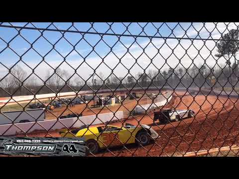 We took the dirt latemodel to east Lincoln speedway to get some of the bugs squared away. SMOKE SHOW