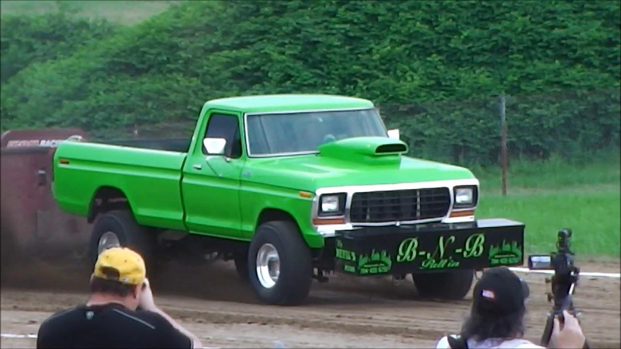 Super Street Gas 4x4 Truck Pull