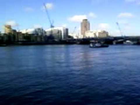 RIVERSIDE THAMES - LONDON