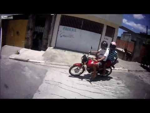 Police Chase Favela Brazil - Suspected Robbery Bike