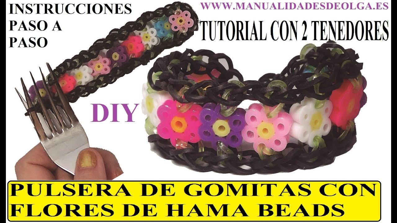 Como hacer una pulsera de gomitas con flores de hama beads - Como hacer figuras con chuches ...