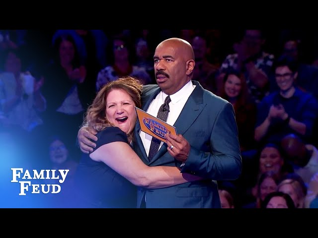 Cassy BAILS during Fast Money! | Family Feud