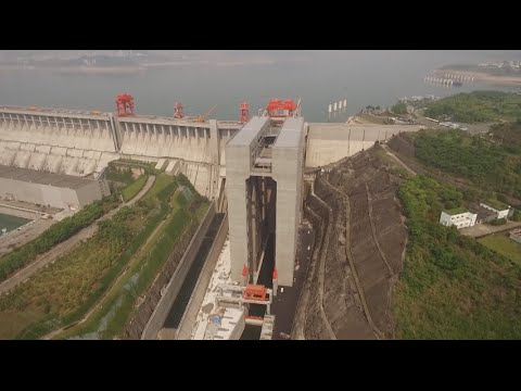 Worlds Largest Ship Elevator Opens at Three Gorges Dam in Central China