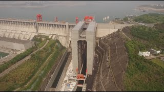 World's Largest Ship Elevator Opens at Three Gorges Dam in Central China