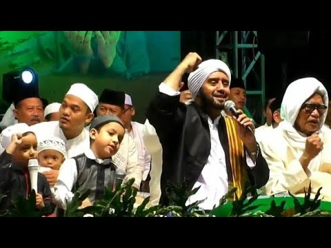 Lirboyo Bersholawat Bersama Habib Syech Bin Abdul Qodir Assegaf