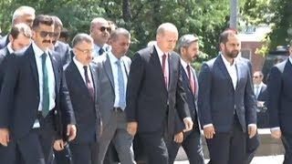 Başkan Erdoğan Cuma Namazını Bakanlarla Beraber Kıldı
