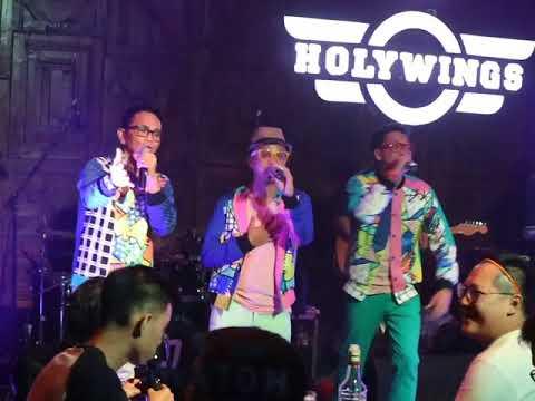 Project Pop - Gara Gara Kahitna - Holywings Surabaya - 15082018