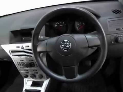 Vauxhall Astra Exterior Amp Interior Tour Of A 58