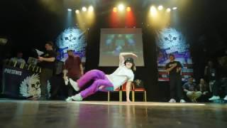 Bgirl AT (Finland) Breaking Judge demo @Vilnius Street Battle 2017