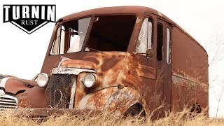 We Just Found The Rarest Milk Truck In Existence! | 1940 Chevy Dubl Duti | Turnin Rust