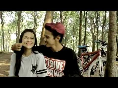 Stay Young Again - Hilang Tak Berarti (Official Video Clip)