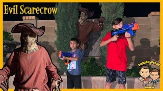 Spooky Scarecrow in our Backyard | D&D Squad Battles