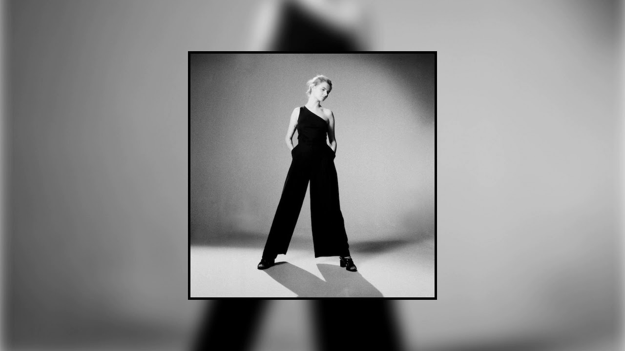 Rosie Carney - Thousand (feat. Lisa Hannigan)