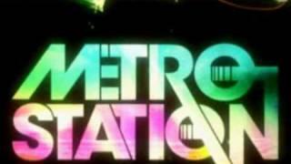 Metro Station-Shake It (HQ) w/ Lyrics!