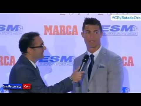 Видео, Сын Роналду, во время речи отца, показывает ему неприличный жест