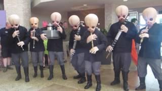 Swing Flash Mob w/Star Wars Cantina Band Dragon Con 2016