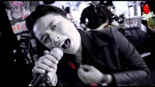 Glori Band - Maafkan Sahabat [Official Music Video HD]