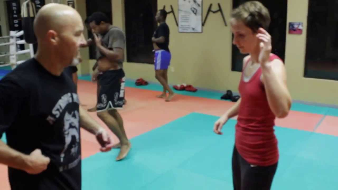 Female Muay Thai Fighter Body and Abs Conditioning