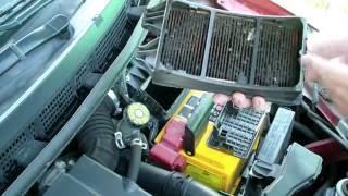 Замена воздушного фильтра на Nissan Tiida