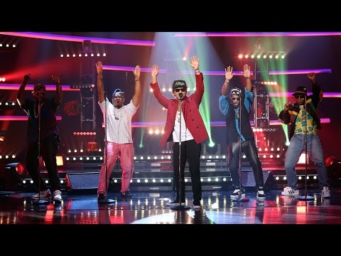Mark Ronson & Bruno Mars Perform 'Uptown...