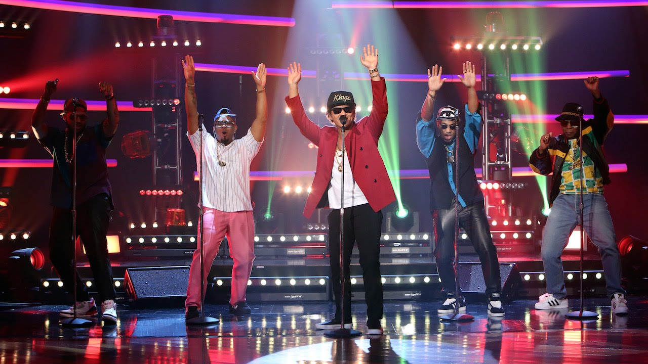 The Bruno Mars Performance That Got The Whole Audience ...
