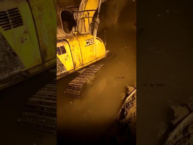 Uttrakhand  rescue operation:तपोवन टनल में रेस्क्यू ऑपरेशन है जारी ,टनल में पानी भरने से रेस्क्यू ऑप