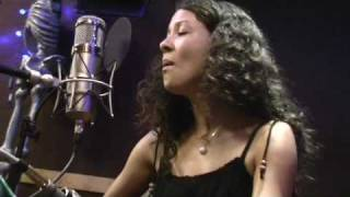 Mia Doi Todd - What If We Do - Luxury Wafers Sessions
