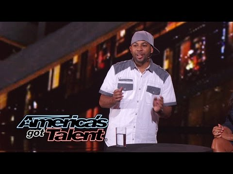 Smoothini Street Magician Makes Money Disappear - Americas Got Talent 2014
