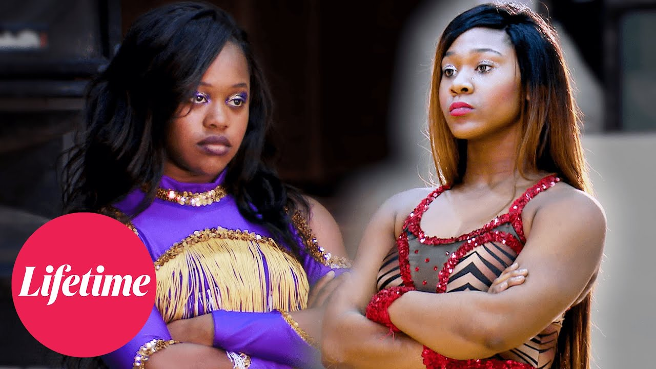 Download Bring It! - MEGA-BATTLE: Dancing Dolls vs. Purple Diamonds (Season 5 Flashback) | Lifetime